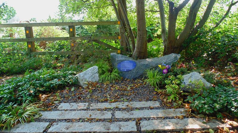Image-#3-Vancouver-Celtic-Memorial-Garden-350-dpi
