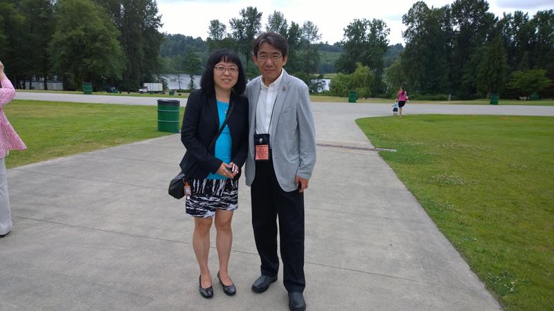 JCCA President Lorene Oikawa with Kushiro mayor Hiroya Ebina