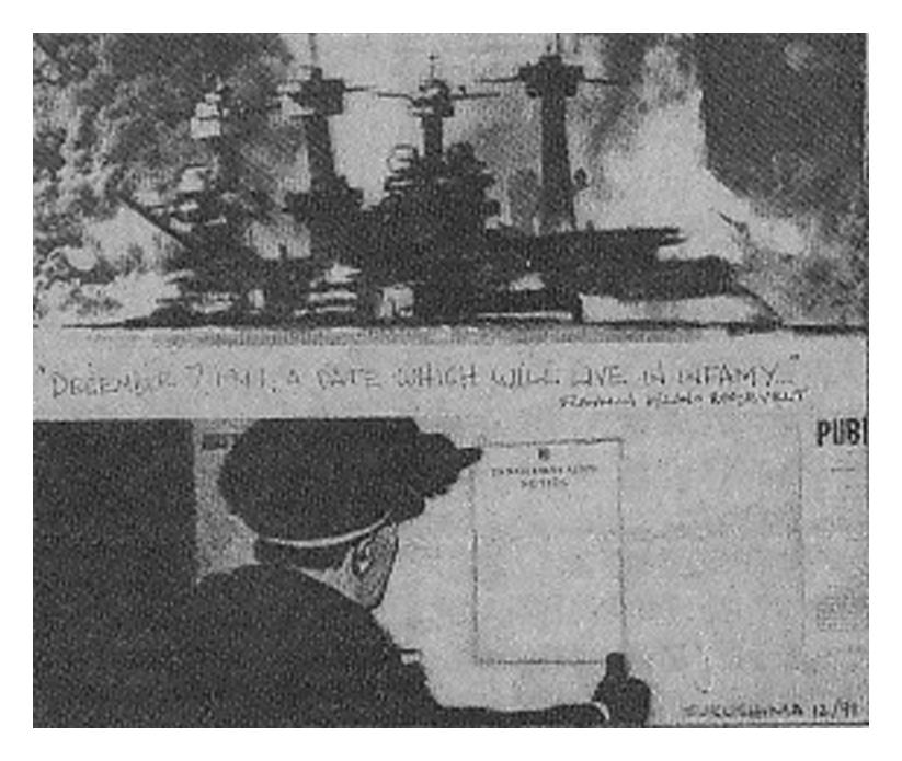 「敵性外国人男性に告ぐ」という告示を掲示する警官。日系ボイス1991年12月号に掲載されたマイケル・フクシマが描いた挿絵。現在はNFBアニメ部門の責任者として活躍するマイケルだが、1989年から10年程、日系紙の挿絵家としてキャリアを始めた。