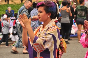 Bon Odori Seattle 2014, photo by Joe Mabel (https://www.flickr.com/photos/jmabel/14698997106/)
